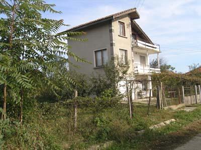Prime location big villa