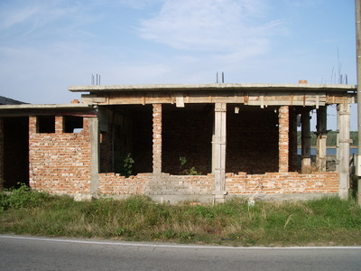 Prime location building site