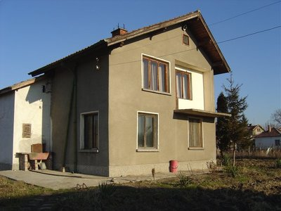 Nice 2-storey house
